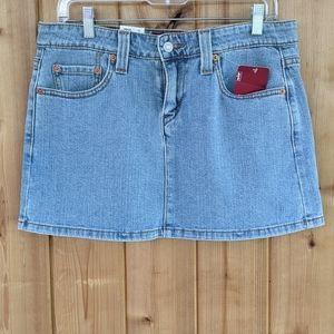 3/$30 NWT Levi's Y2K Stretch Jean Mini Skirt - 7